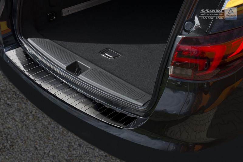 Ochranná lišta hrany kufru Opel Astra K 2015- (combi, tmavá)