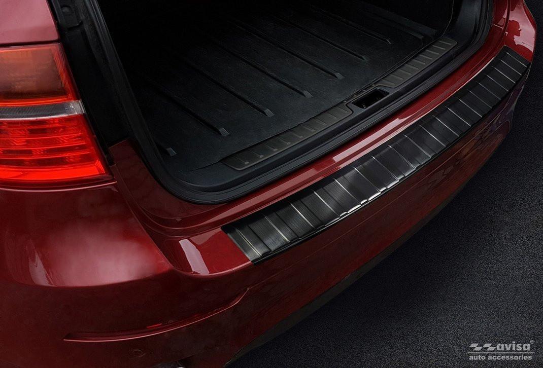 Ochranná lišta hrany kufru BMW X6 2008-2014 (E71, tmavá)