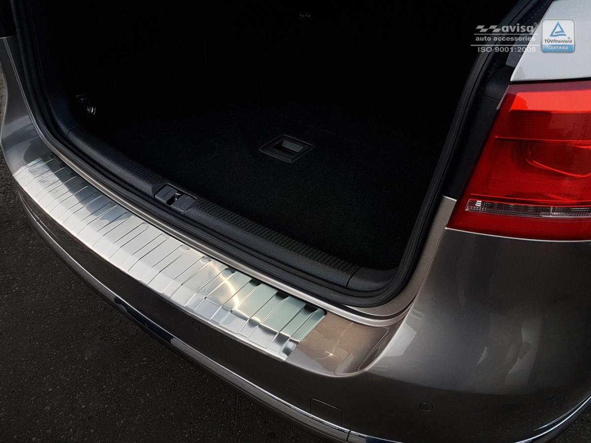 Ochranná lišta hrany kufru VW Passat B7 2010-2014 (combi)