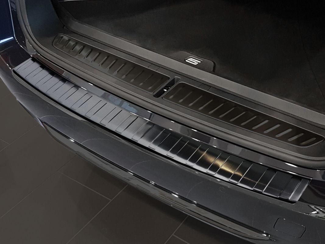 Ochranná lišta hrany kufru BMW 5 2017- (combi, G31, tmavá)