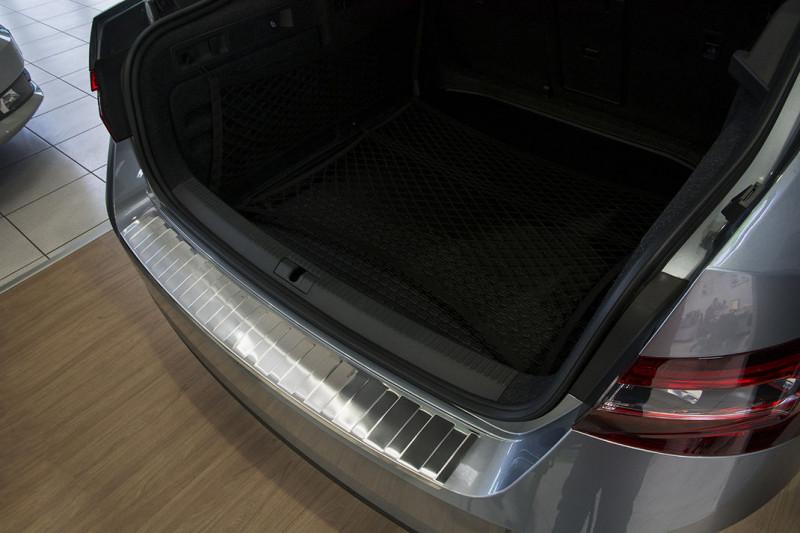 Ochranná lišta hrany kufru Škoda Superb III. 2015- (sedan)