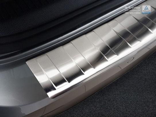 Ochranná lišta hrany kufru VW Golf VII. 2017- (combi)