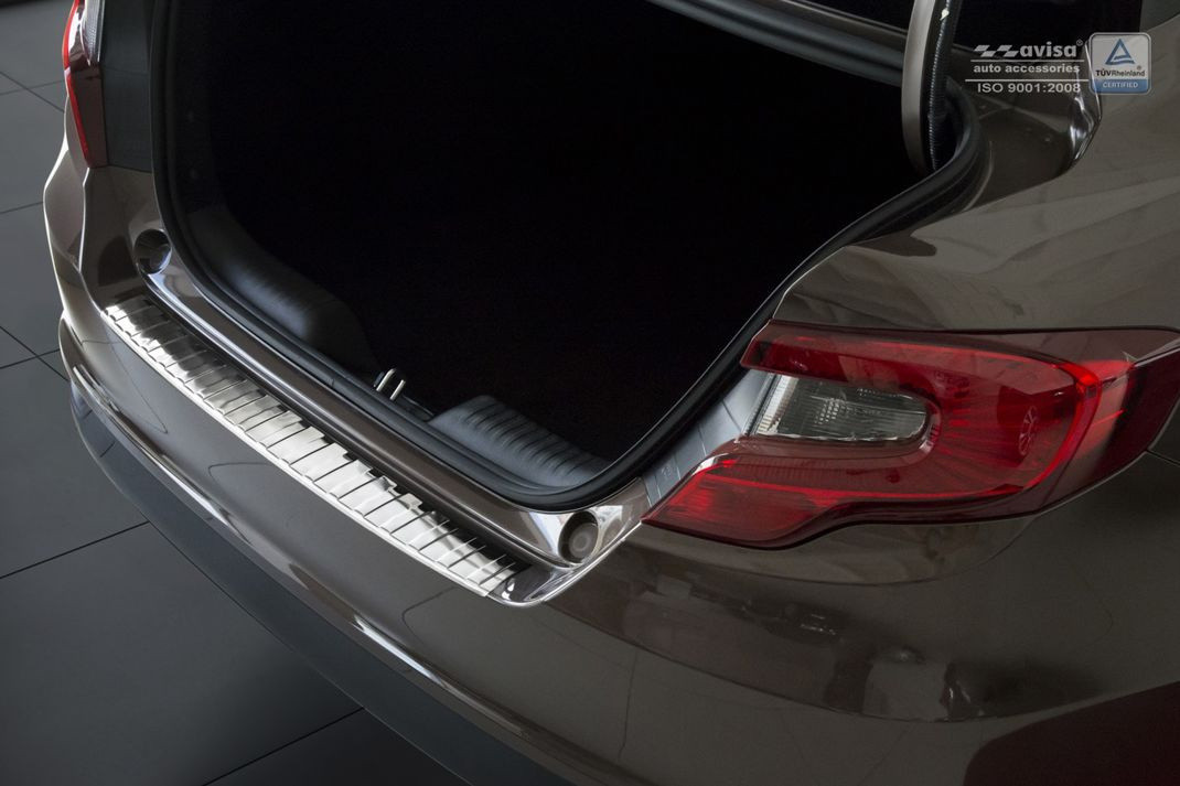 Ochranná lišta hrany kufru Fiat Tipo 2016- (sedan)