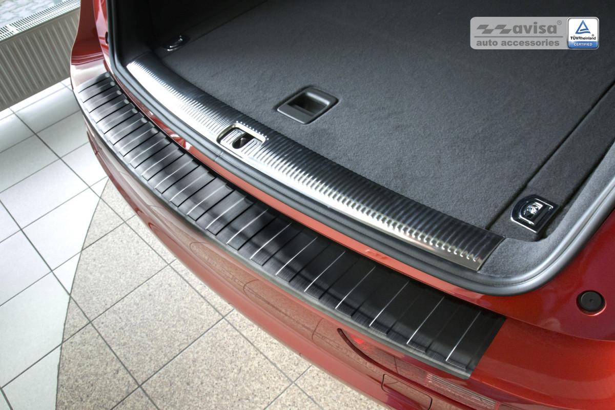 Ochranná lišta hrany kufru Audi Q5 2008-2017 (tmavá, matná)