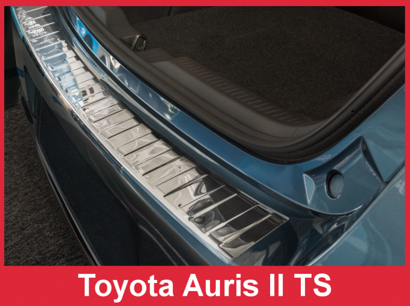 Ochranná lišta hrany kufru Toyota Auris 2015- (combi)