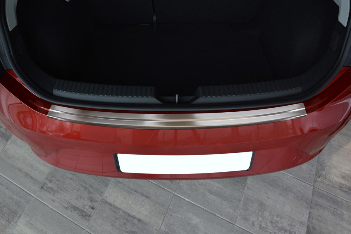 Ochranná lišta hrany kufru Seat Leon 2012-