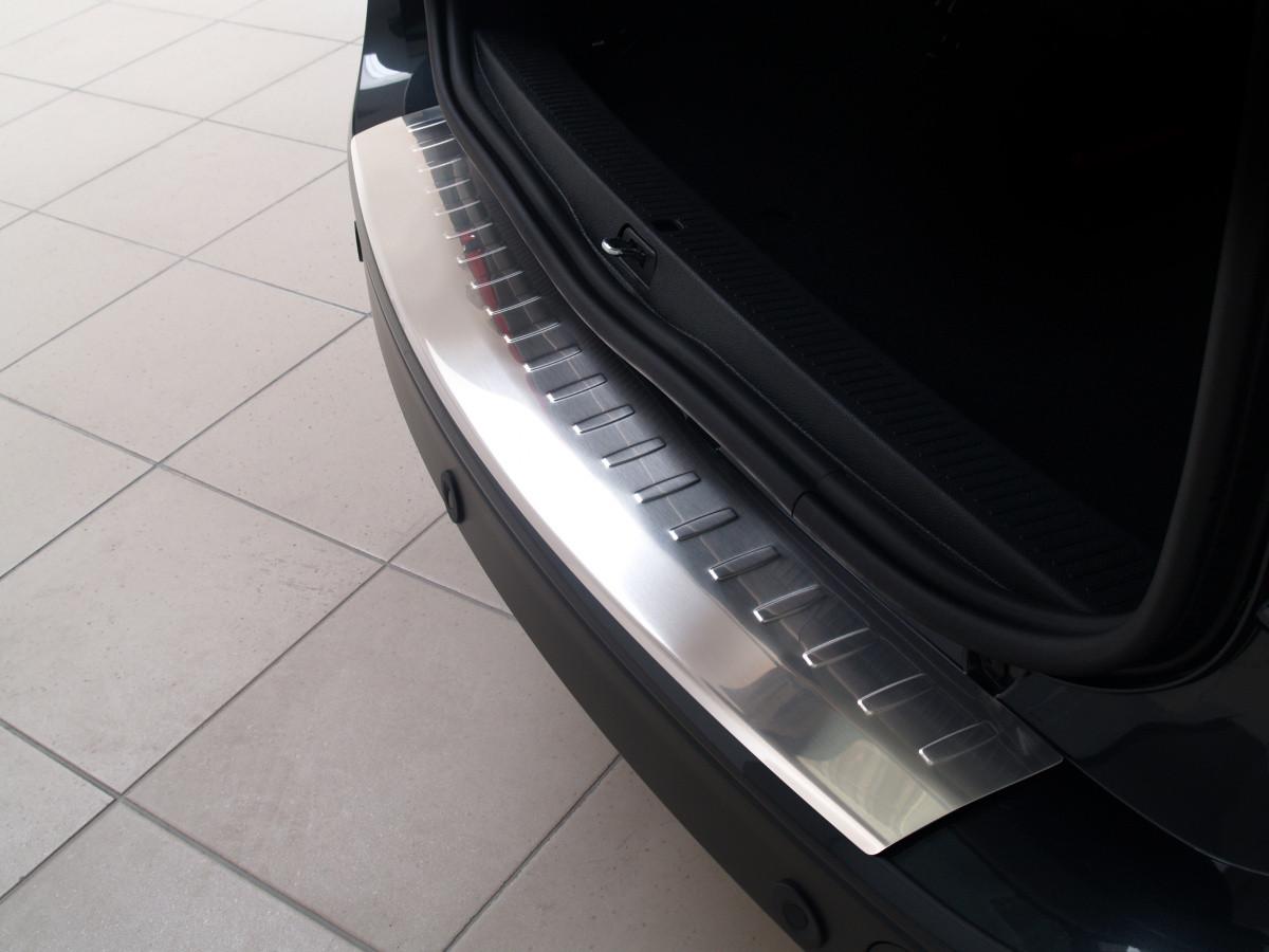 Ochranná lišta hrany kufru Dacia Lodgy 2012-