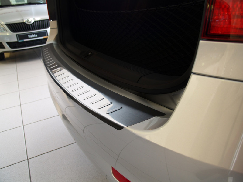 Ochranná lišta hrany kufru Škoda Octavia II 2004-2013 (combi)