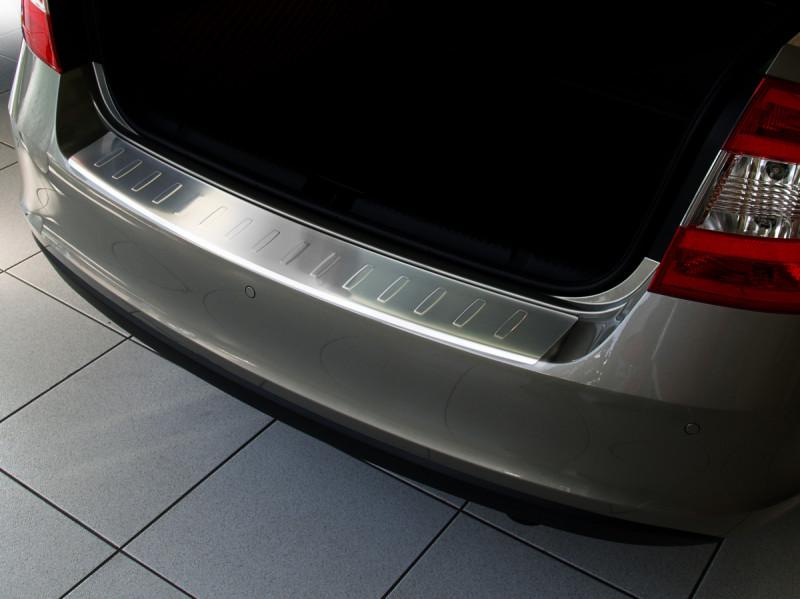 Ochranná lišta hrany kufru Škoda Rapid 2012-2019 (liftback)