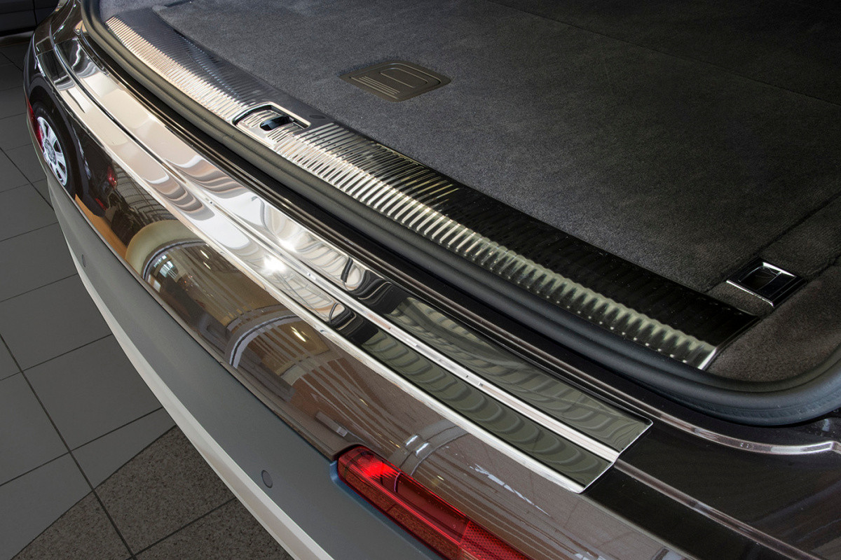 Ochranná lišta hrany kufru Audi Q7 2015-