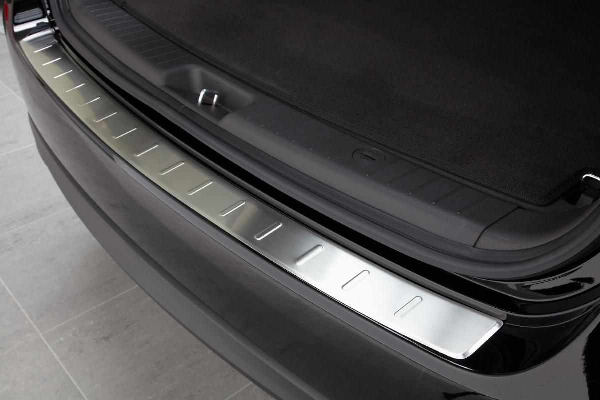 Ochranná lišta hrany kufru Hyundai Santa Fe 2010-2012