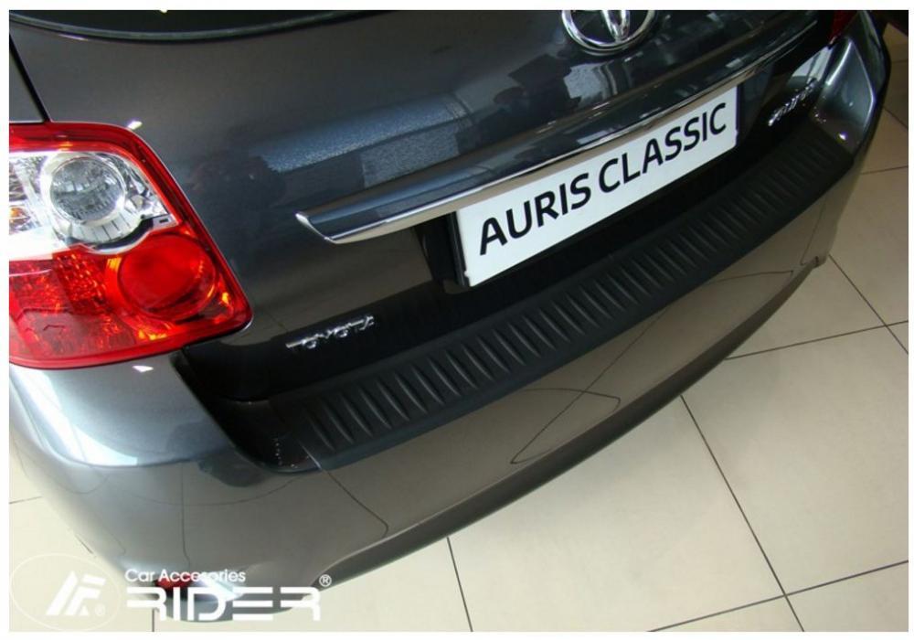 Ochranná lišta hrany kufru Toyota Auris 2006-2012