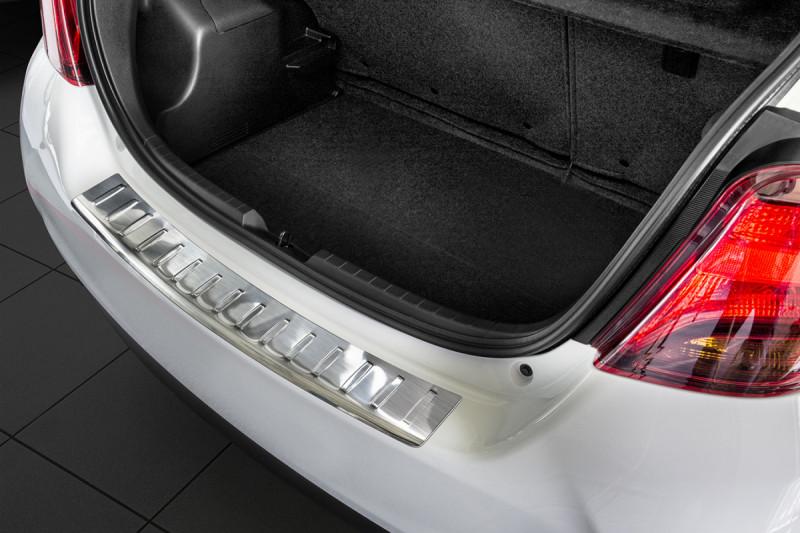 Ochranná lišta hrany kufru Toyota Yaris 2014-
