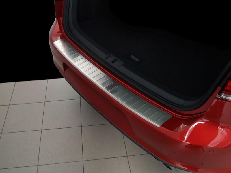 Ochranná lišta hrany kufru VW Golf VII. 2012-