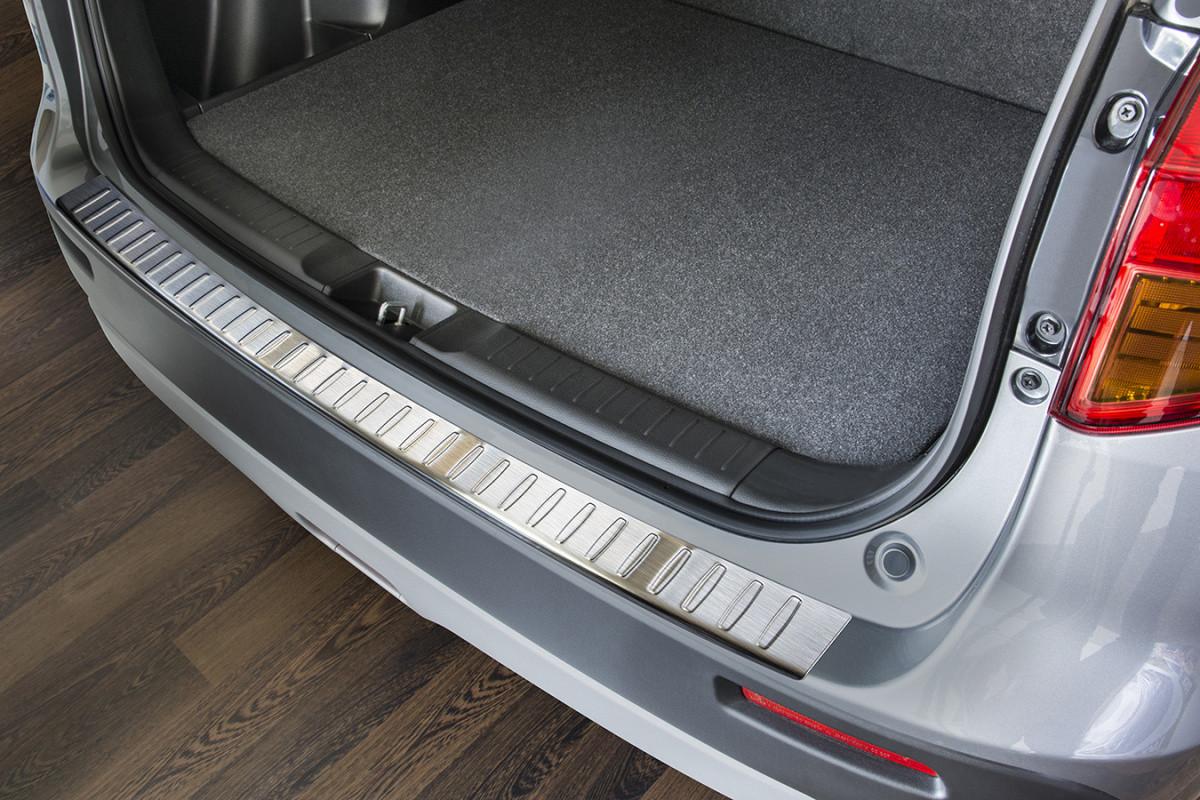 Ochranná lišta hrany kufru Suzuki Vitara 2015-
