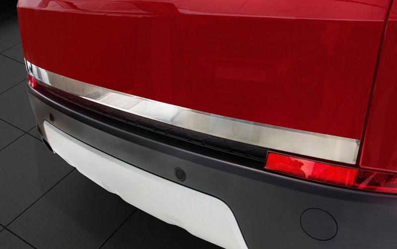 Ozdobná lišta dveří kufru Land Rover Discovery Sport 2014- (matná)
