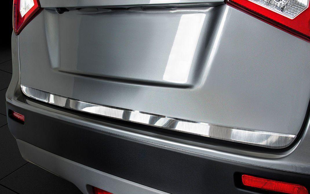 Ozdobná lišta dveří kufru Suzuki Vitara 2015- (matná)