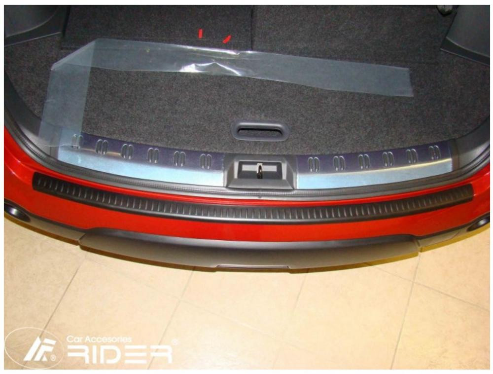 Ochranná lišta hrany kufru Nissan Qashqai 2007-2013