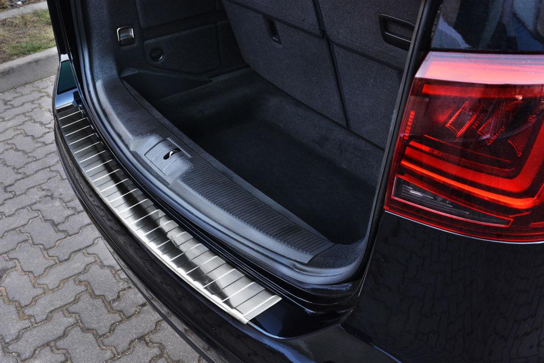 Ochranná lišta hrany kufru VW Sharan 2010-